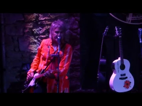 Mike Peters (The Alarm): live Edinburgh 18th May 2016