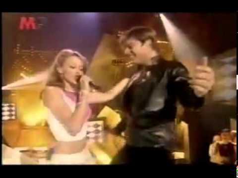 youtube-ricky-martin-kylie-minogue-livin-la-vida-loca