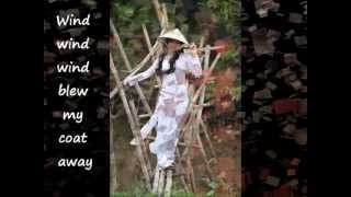 Qua cầu gió bay (The wind on the bridge)_Vietnamese folk song