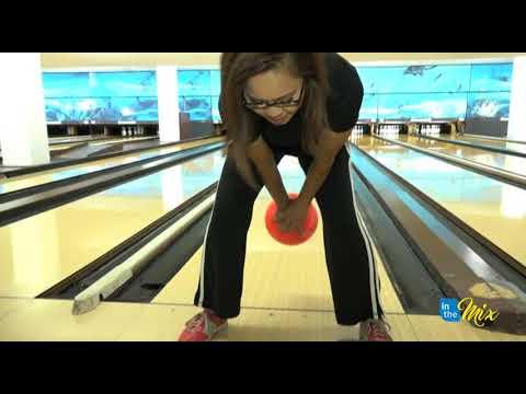Rock-n-Bowl challenge: Chris vs. Sabrina on the lanes