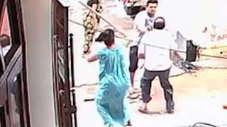 SHOCKING! Neighbours Fighting Over Garbage in Faridabad - Full Video