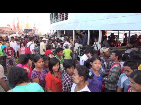 The streets of Rangoon - Yangon 2014 HD