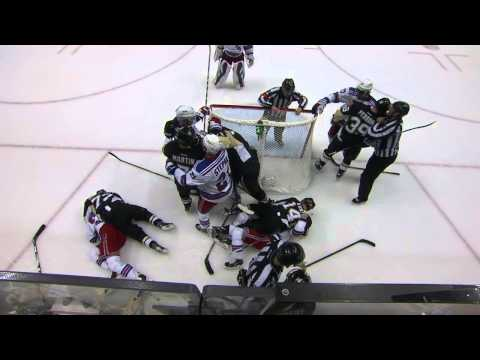 Gotta See It: Penguins, Rangers hug it out after intense game