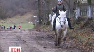 П'ятикласник із Рівненщини їздить до школи на коні