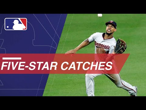 Statcast: Watch all of the amazing five-star catches from 2017