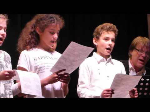 Les élèves Mesnil-Esnard chantent  Malot 15 mars 2017