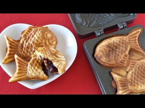 How to Make Taiyaki たい焼きの作り方 - OCHIKERON - CREATE EAT HAPPY (GIVEAWAY CLOSED) from YouTube · Duration:  5 minutes 18 seconds  · 430.000+ views · uploaded on 3-5-2013 · uploaded by ochikeron