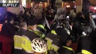 Полиция применила слезоточивый газ против противников Трампа в Вашингтоне