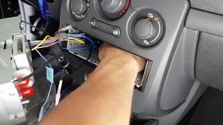 Renault Clio 3 (2005-2014) Radio Einbau Ausbau Remove
