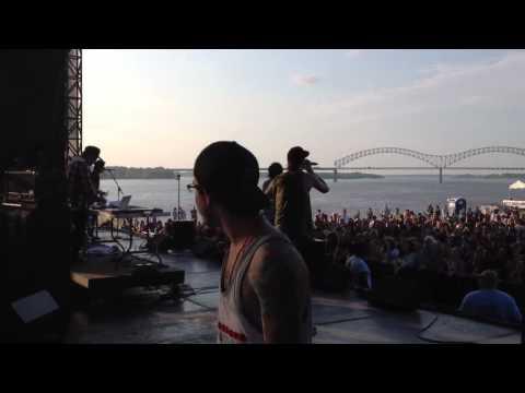 Breathe Carolina - Blackout (Live at Beale Street Music Festival)