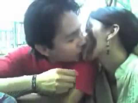 Pakistani sexy kissing