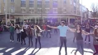 Вдохновляющее видео - Греческий танец сиртаки(Смотрите это видео каждое утро и Вы получите заряд энергии и позитива на весь день., 2014-11-01T11:50:24.000Z)