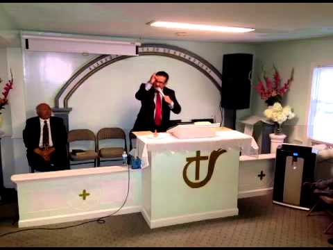 PREDICA PASTOR EFRAIN NAVAS . recorded live on 81714 at 6: