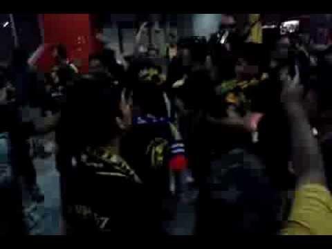 FAM BANGSAT -Ultras Malaya- Depan Pintu Masuk VVIP [Malaysia Vs Qatar] #2