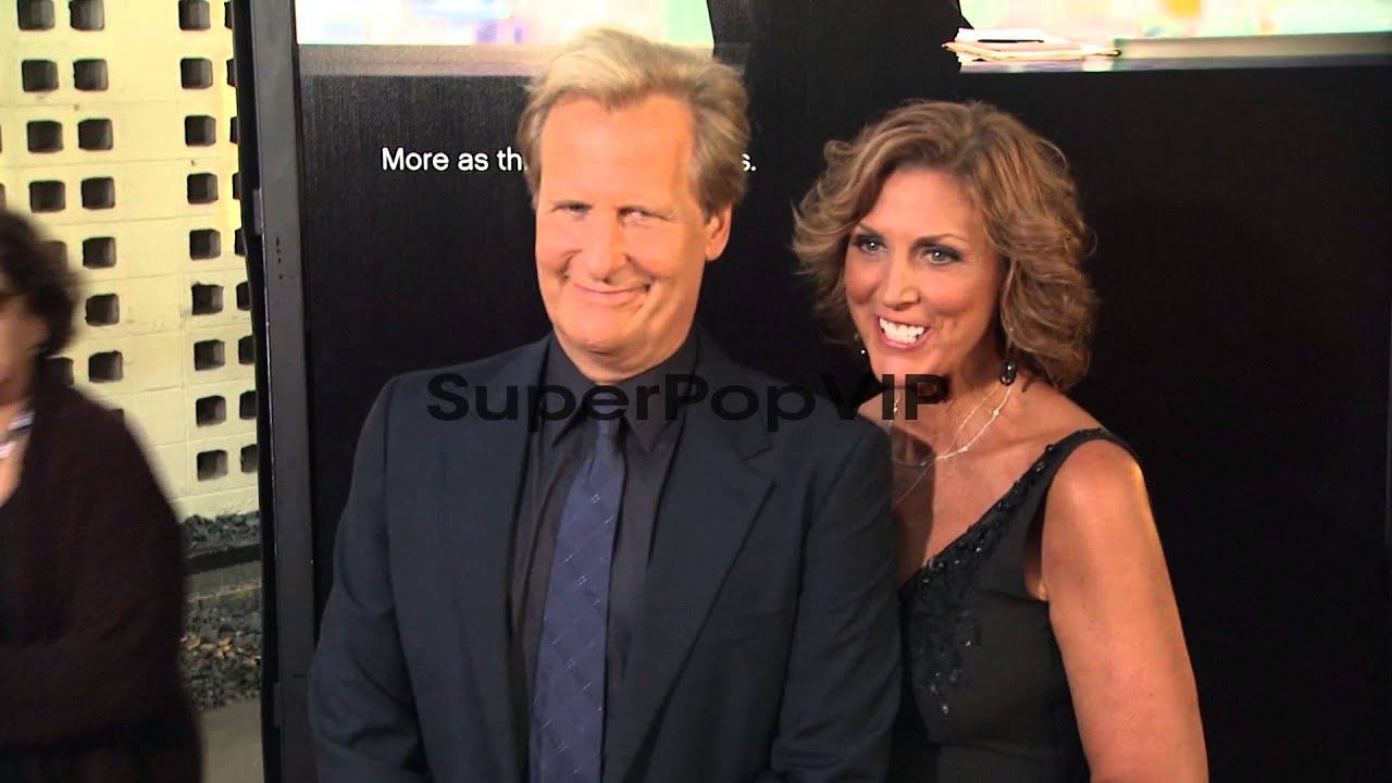 Jeff Daniels, Kathleen Rosemary Treado at HBO's 'The News ...