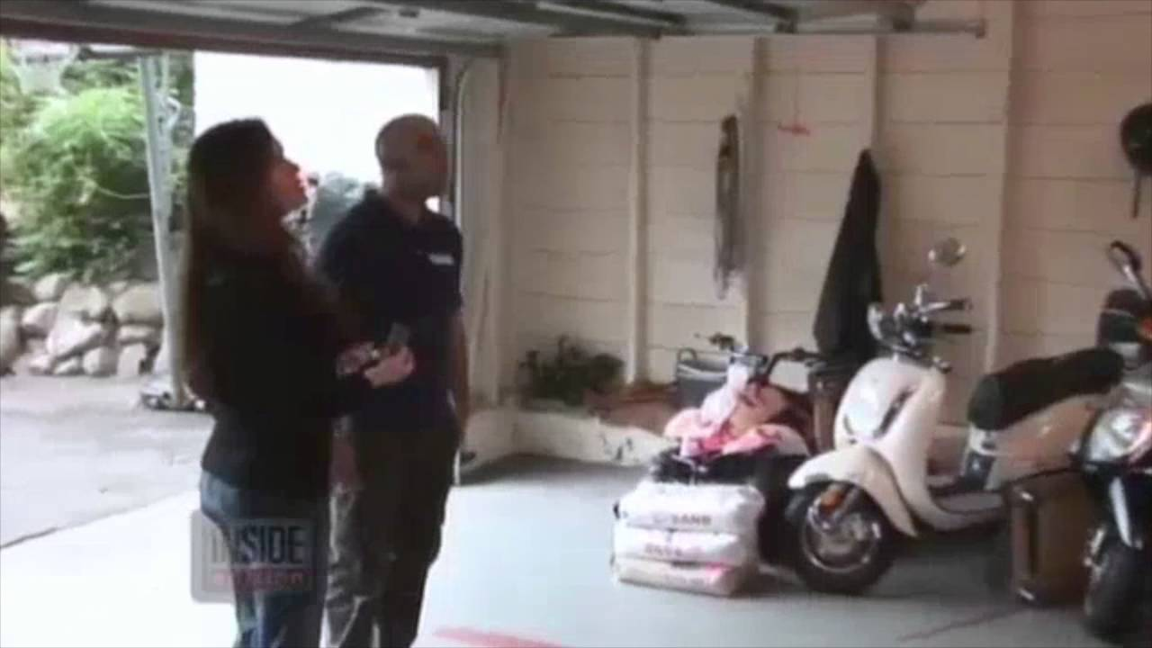 Another Dishonest Garage Door Repair Man Caught On Hidden Camera