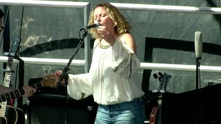 "Amy Helm & The Handsome Strangers - ""Meet Me In The Morning"" - Mountain Jam 2015"