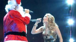 Carrie Underwood Sings With Santa! *Prank in Auburn Hills, MI*