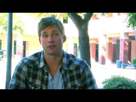 Justin Deeley on the set of Geography Club