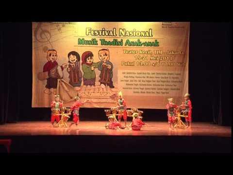 SULAWESI BARAT - Festival Nasional Musik Tradisi Anak-Anak 2014 by MAM EO