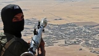 أخبار عربية - #داعش يعتقل عددا من الشبان في قرية شرق دير الزور السورية