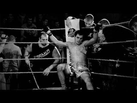 30 Минут бой Тайский Боксер против ММА Бойца
