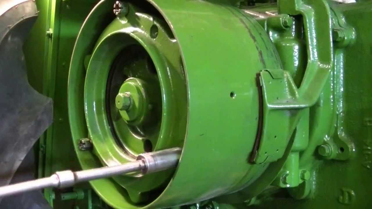 Antique John Deere Clutch Inspection and Adjustment  zeketheantiquefreak  YouTube