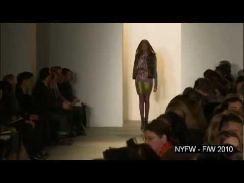 Peter Som    Fall Winter 2010 2011 Full Fashion Show   High Quality