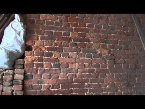 Кирпич в старом фонде после пескоструя в Санкт-Петербурге. Саханов Владислав