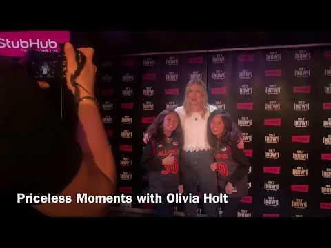 AmeliaAndAdinah meeting young talented actress/singer, Olivia Holt