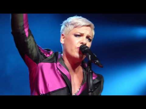 WHOLE SHOW P!nk @ Charlottesville, VA 4/19/18 (HD Video/HQ Sound) Beautiful Trauma Tour
