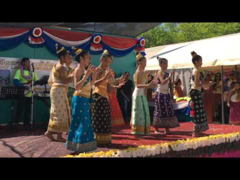 Sunthi's Performance Lao New Year 2016 (Dok Champa, Bah Salop, and group dace)
