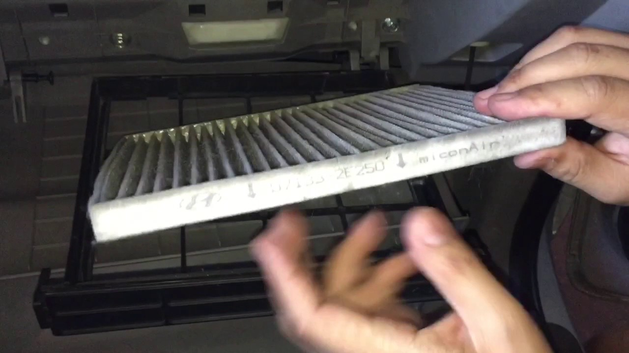How To Remove Replace Cabin Filter Of Kia Sedona Carnival Youtube 2011 Sorento Fuel Location