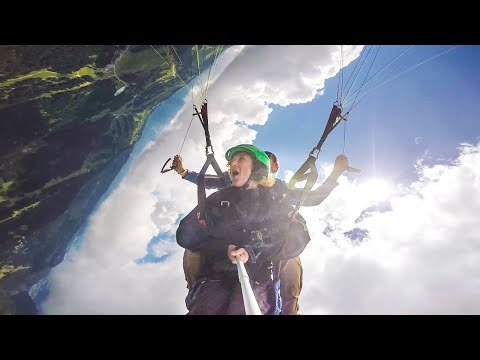 Acrobatic Paragliding in Les Gets | Savoie Mont Blanc in the French Alps