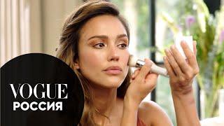 Джессика Альба показывает как сделать макияж с эффектом загара при помощи бронзера Vogue Россия