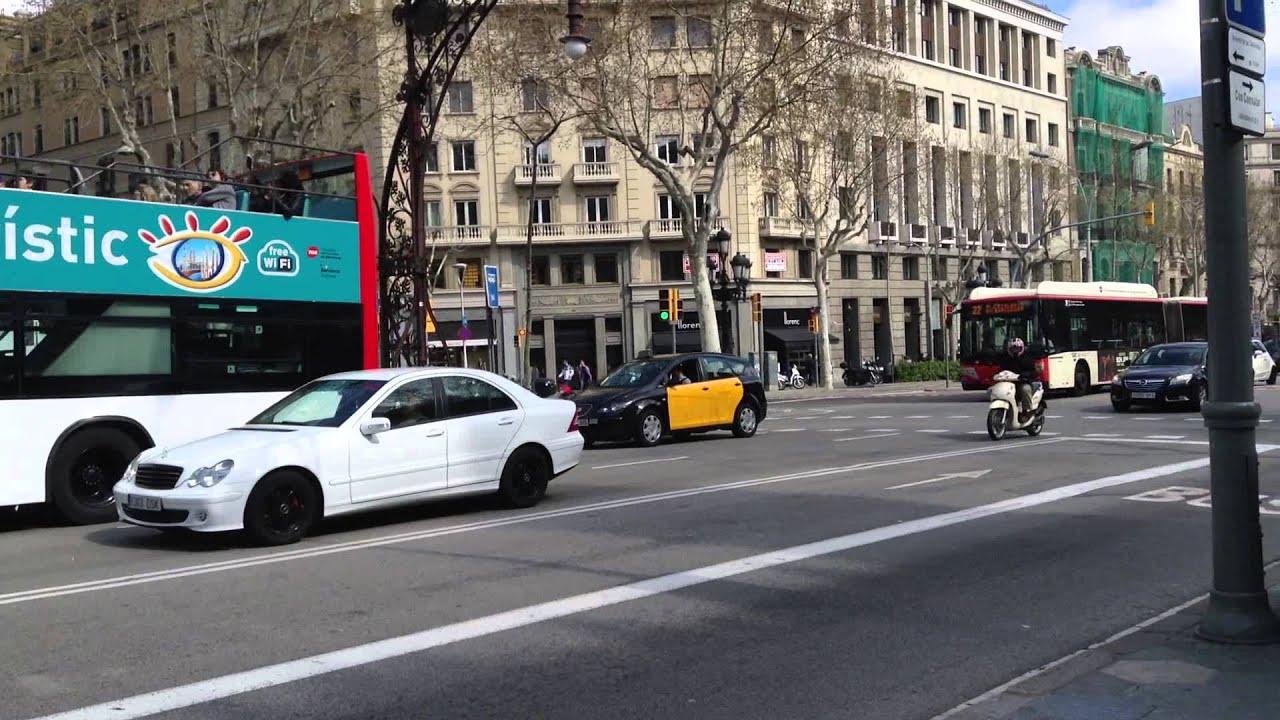 Los autobuses tur sticos de dos pisos en barcelona espa a for Pisos turisticos madrid