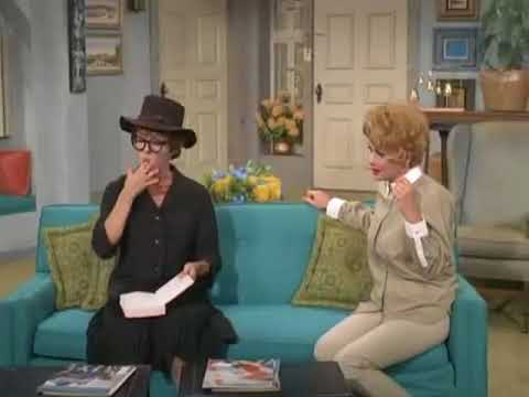 """1966 THE LUCY SHOW - """"Lucy Gets a Roommate"""" - Lucille Ball, Carol Burnett"""