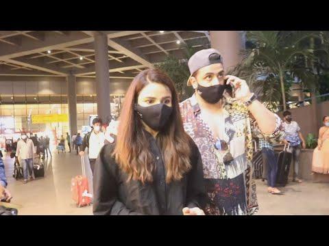 Download Sidharth Shukla Ki News Sunkar Aly Goni Aur Jasmin Bhasin Laute, Spotted At Airport