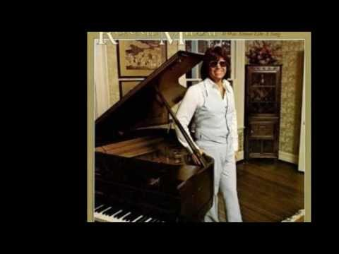 American Top 40 September 17, 1977 - It Was Almost Like A Song - Ronnie Milsap
