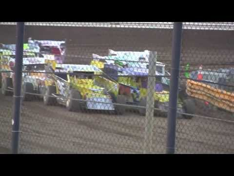 New Egypt Speedway 358 Small Block Modified Heat Race July 27, 2013