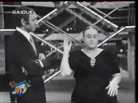 Ave Ninchi e Pippo Baudo - La donna ciccia