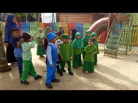 Lagu Anak PAUD Ayo Berbaris Menyanyi Bersama