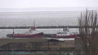 Пролив открыт.11.01.2019.Танкеры идут к  керченсому мосту.Порт Крым.