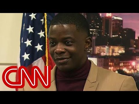 See the Story of Waffle House Shooting Hero!