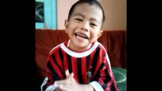 ale ale milan : Chant AC MILAN . Fatih 3 years old
