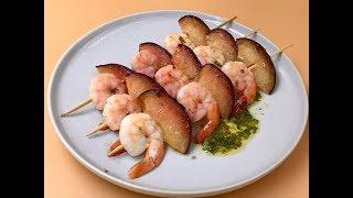 Шашлык из креветок и слив на сковороде-гриль | Рецепт приготовления  креветок | Маринад для креветок