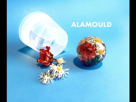 HOW TO MAKE RESIN ORB PENDANT WITH FLOWERS. USING CLEAR MOLD ALAMOULD