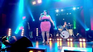 Gossip - Heavy Cross (Jonathan Ross 06-05-09) Live (HD)