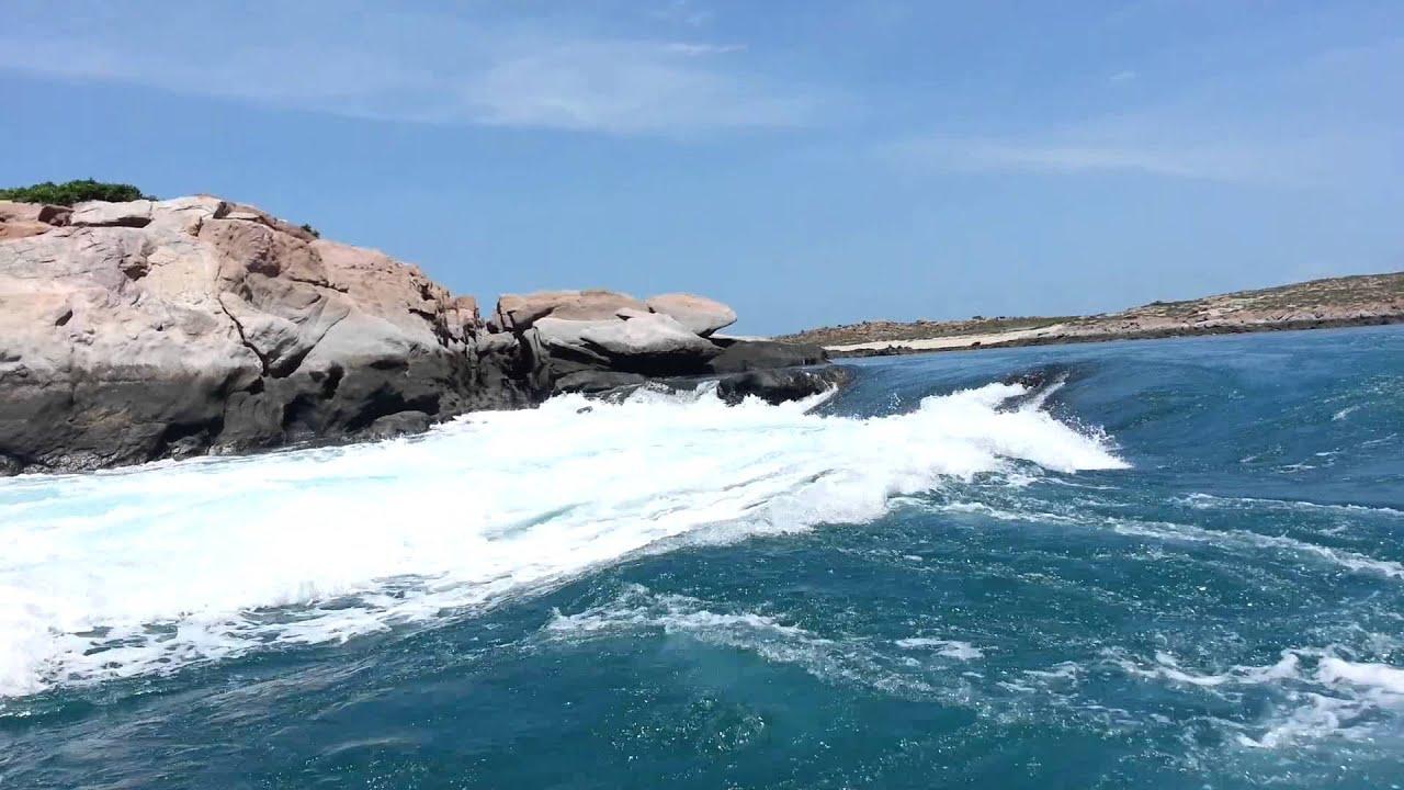 Giant Tides Tour Broome WA - YouTube