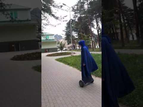 Карачаевск .Красивая девушка красиво катается